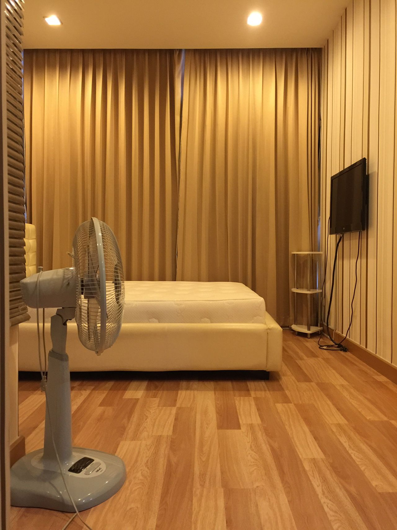 Condominium Bedroom Wide Shot bed Thailand No People, Indoors Modern fan Clean Curtain Walls Wallpaper Modern Design