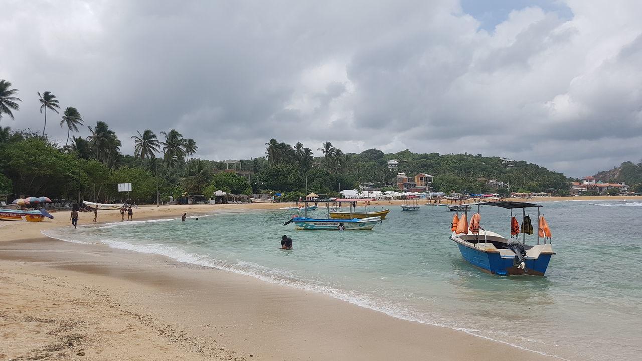 Unawatuna Beach Nature Galle Sri Lanka Cloudy Tourist Blue Sky
