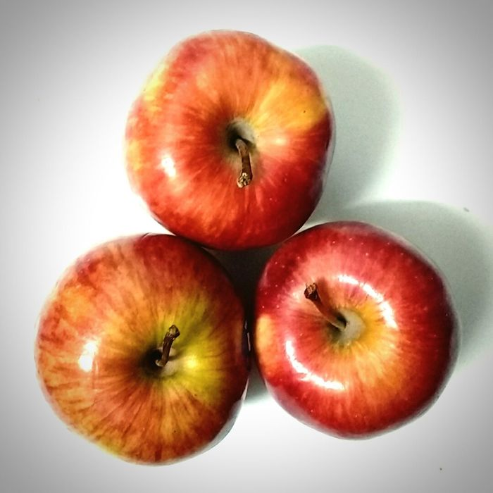 Healthy Eating Fruit Food Apple Apple - Fruit Apples Red Red Color Red And White Red Apples No People Freshness
