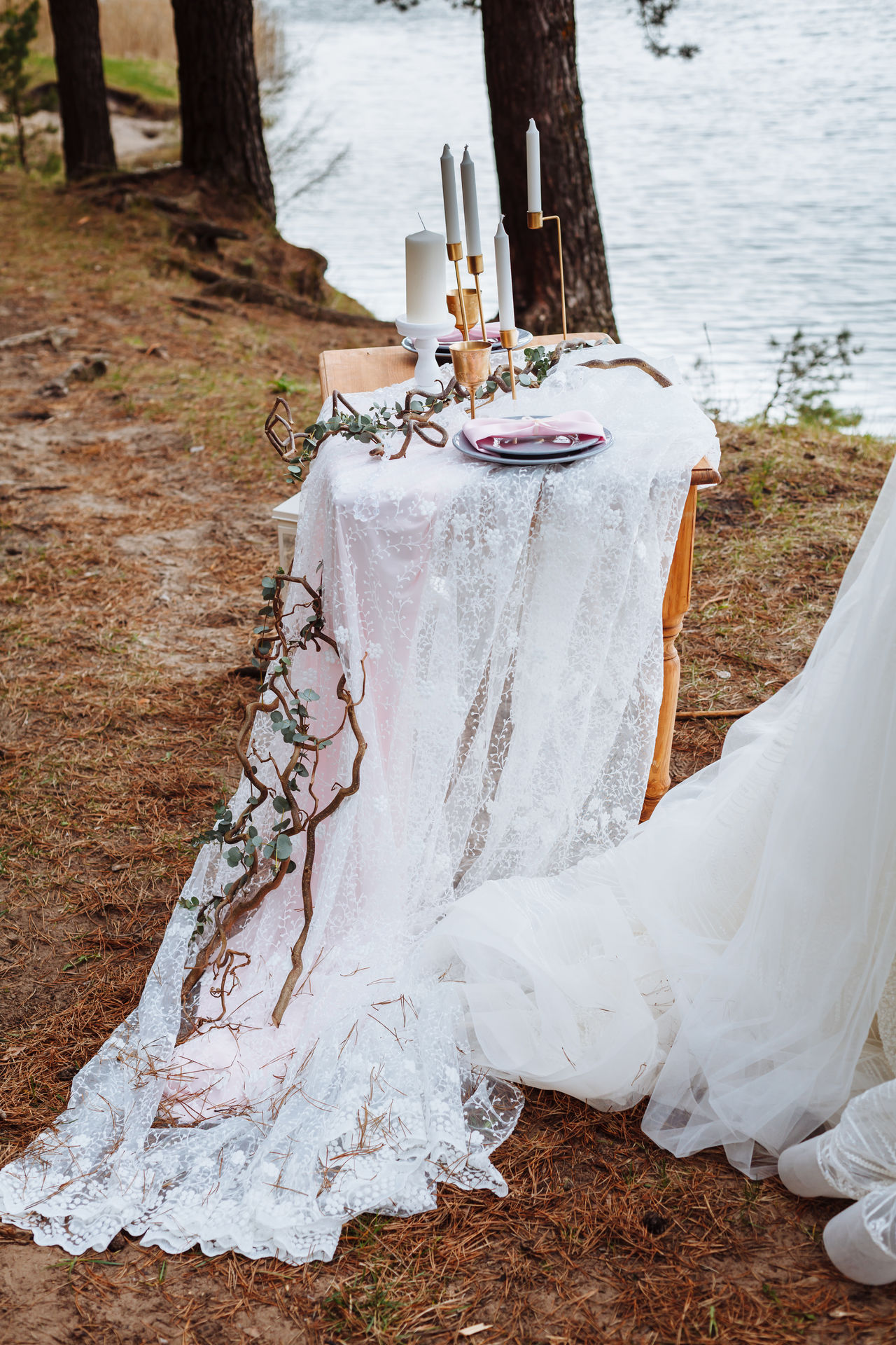 Day Decor Decoration Nature No People Outdoors Rustic Rustic Style Water Wedding Wedding Wedding Decoration Wedding Dress White Lace