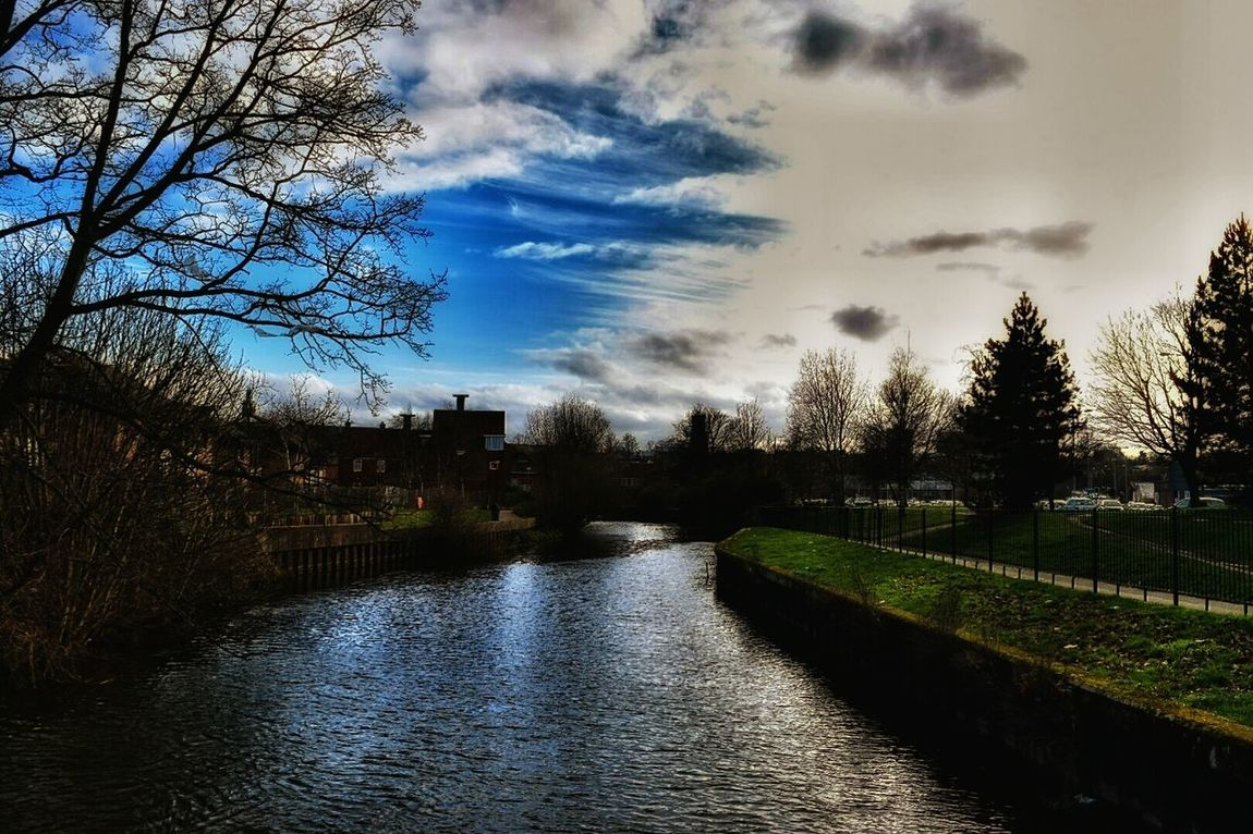 Down By The River Taking Photos Experimental Edit Nikon D3300 Clouds And Sky River Wensum Eye For Photography Cloud_collection  Its All A Blur Hazy Shade Of Winter