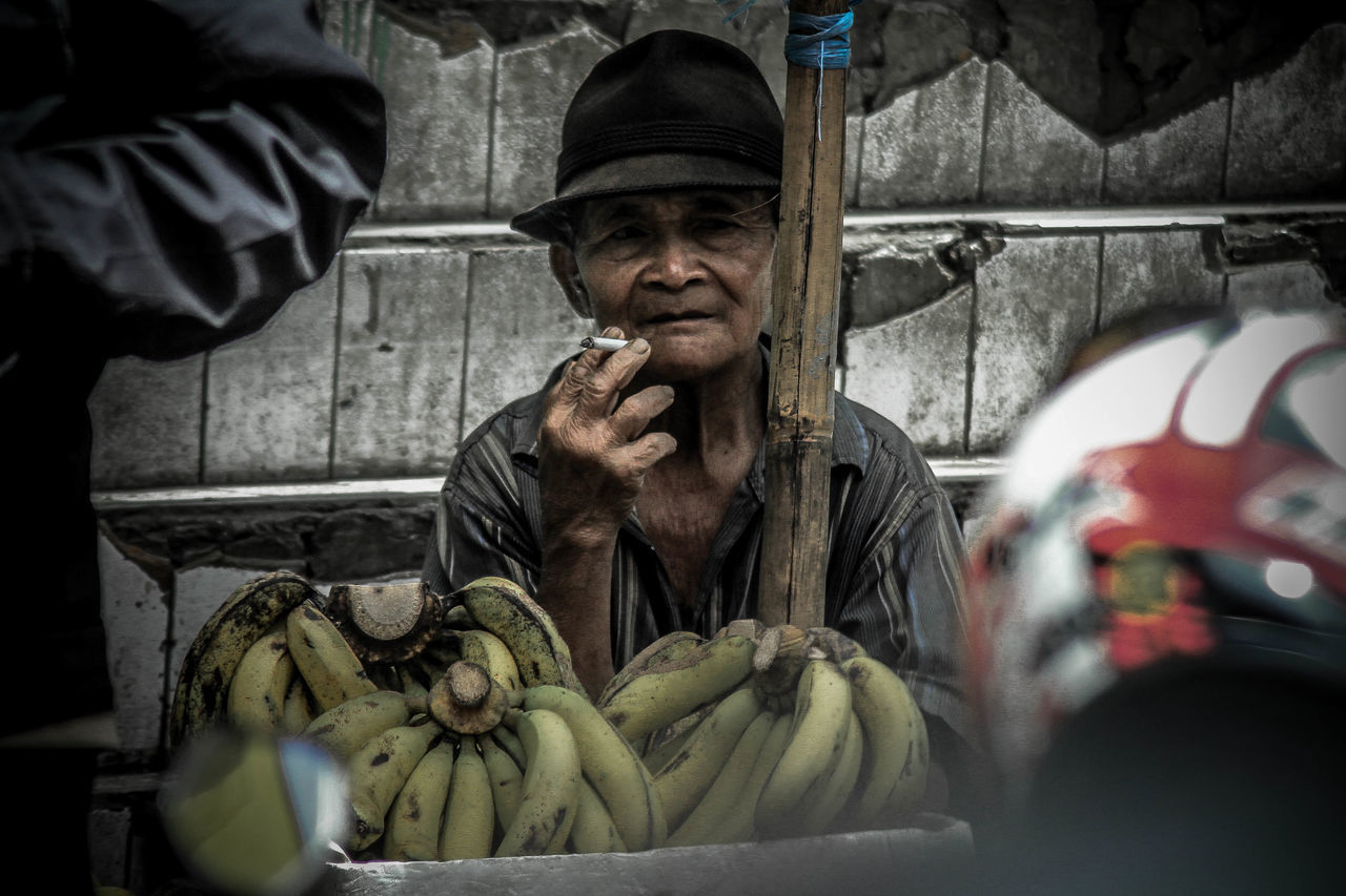 Smoke kills, but who wanna be life forever anyway? Smoke Street Urban People People Nice Outdoors Day One Man Only Front View INDONESIA Culture Java Walk Awesome Deep Folk Indie Ciggarete Wild Public One Person Only Men Adult Adults Only