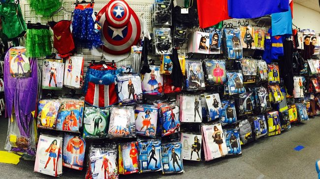 loween costumes in LA Halloween Costume Losangeles La Westla