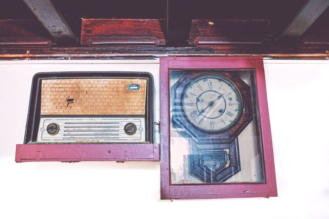 Vintage Radio Murphy Grandfatherclock 100yearsold Oldisgold Kerala Ancestral House Fujifilm Fujilove EyeEmBestPics EyeEm Best Shots Eyeemphotography EyeEm Masterclass EyeEm Filter Abstract Photography Beauty In Ordinary Things