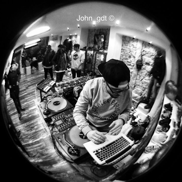 Unconventional Store. Noiretblanc Black And White Photography Blackandwhite Photography B & W  B&w Black & White Black And White Blackandwhite Photography Dj Dj Set Store Unconventional Blackpalace Supremebeing Rockwell