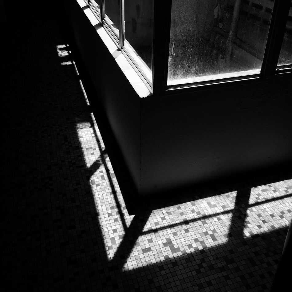 Window Sunlight Shadow Day No People Transportation Built Structure Architecture Indoors  City Building Exterior Close-up Art Is Everywhere