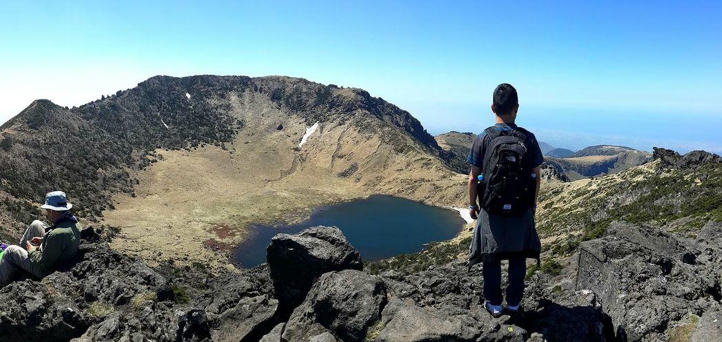 제주도 한라산  Hallasan Mount Hallasan Mountain Crater Crater Lake Summit Hiking Spring Nature Korea South Korea JEJU ISLAND  Jejudo Jeju Travel Travel Photography 대한민국