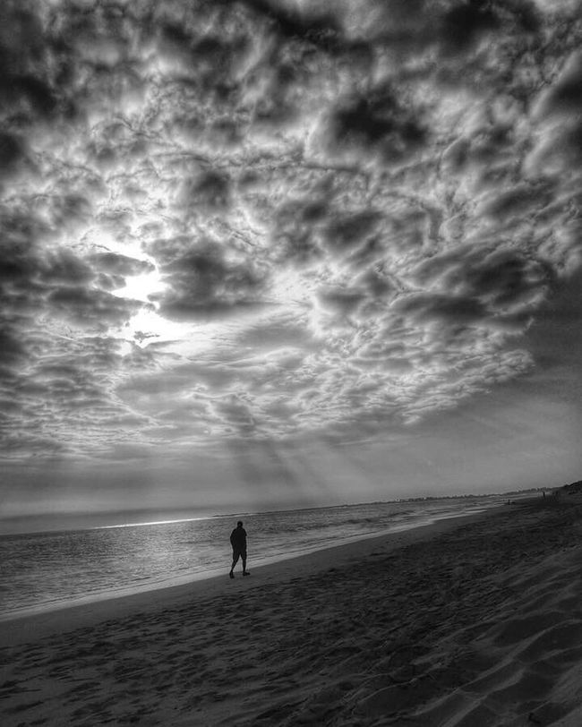 Blackandwhite Black And White Black & White Blackandwhite Photography Black&white Black And White Photography Blackandwhitephotography Bwbeach Sunset Sunset_collection