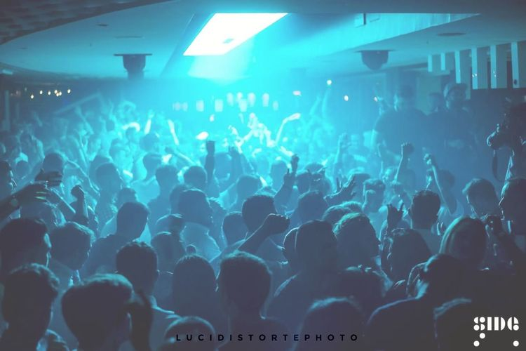 Club.... Popular Music Concert Illuminated Clubbing Music Arts Culture And Entertainment Lucidistortephoto Sonyalpha Sonya99 Magic Night Event Salerno