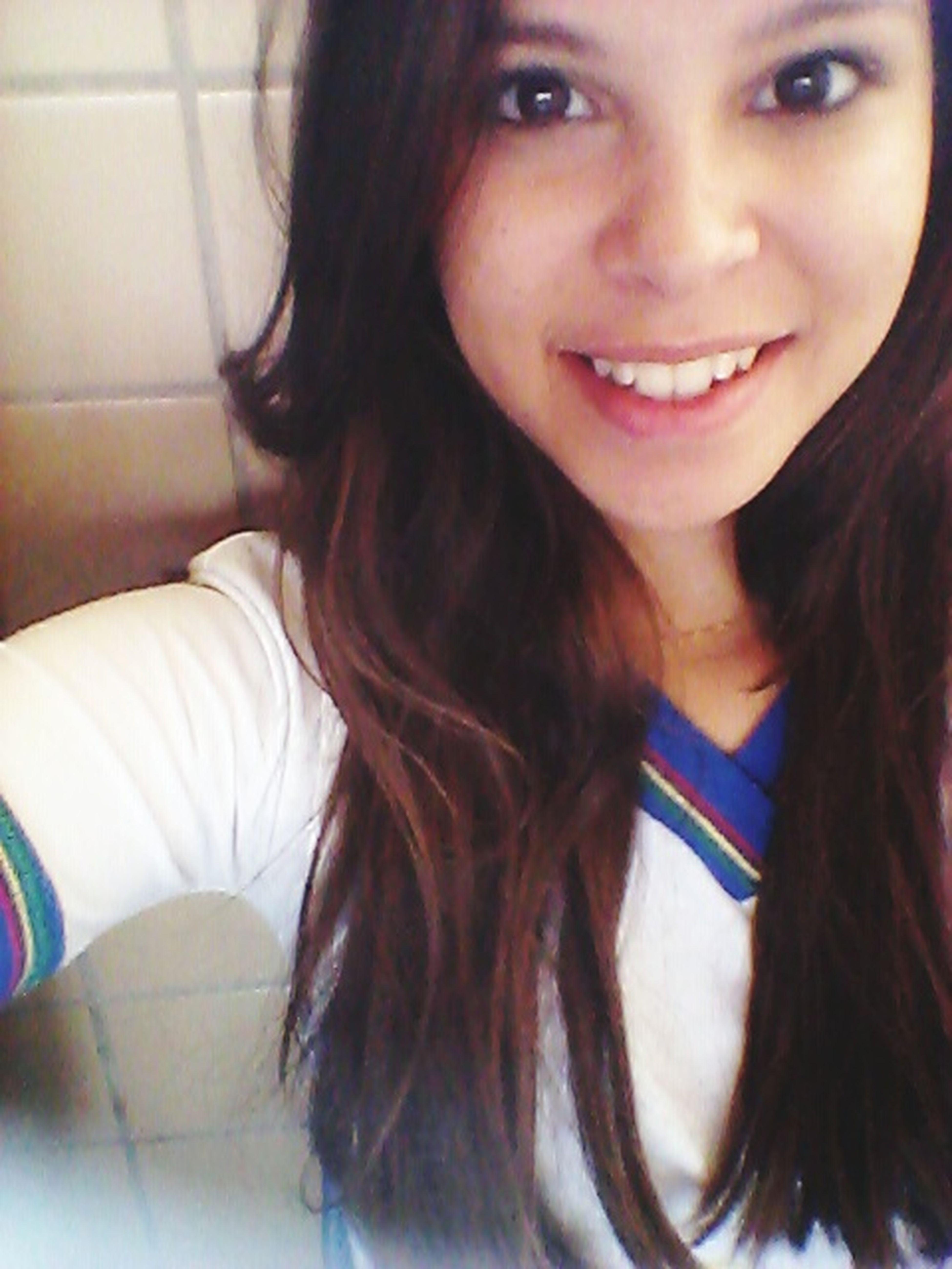 O sorriso é a curva mais bonita no corpo de qualquer pessoa!