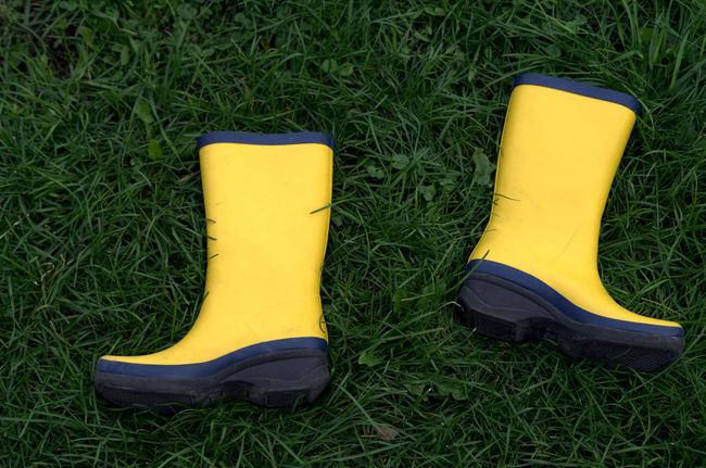 These boots are made for walking Rubber Rubber Boots Yellow Grass Yellow And Green School School Days Back In School Pentax Vibrant Color The EyeEm Collection Gone Fishing Back To School Grassin Montréal Canada
