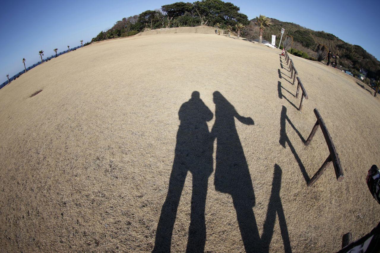 丸い地球に2人きり………遠くに見えてる2人は見なかったことに………σ(^◇^;) Taking Photos Hi! Enjoying Life Silhouette シルエット部 魚眼レンズ 風景 Snapshot Love♥ My Honey💕
