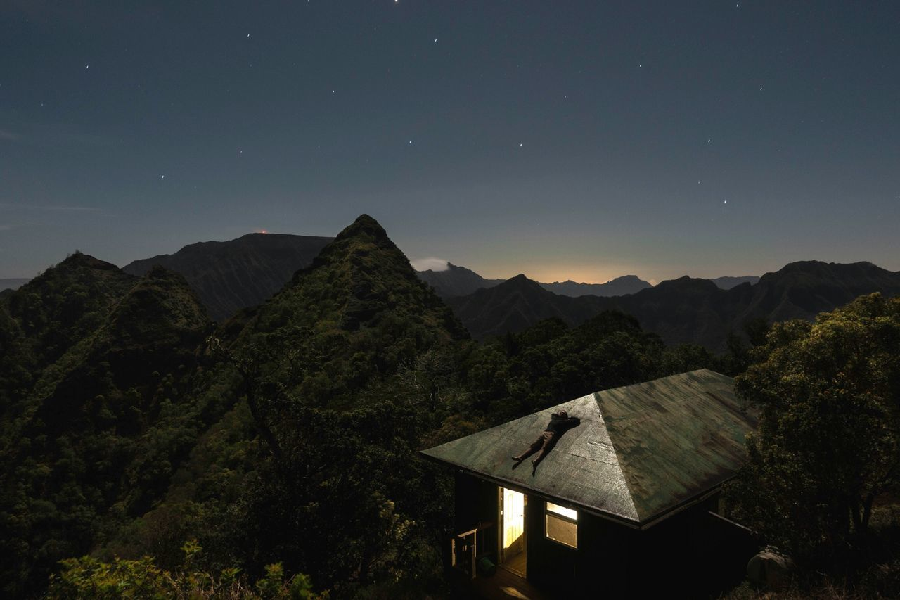 Ive always been a fan of sitting on rooftops through out the night to look at the stars. So when I found this cabin up on the mountains with such minimal light pollution I couldnt resist, but repeat my ritual. outdoors The Great Outdoors - 2017 EyeEm Awards