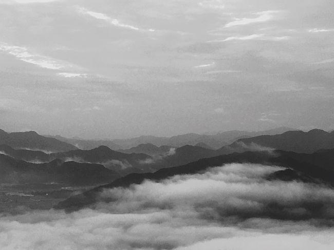 Black And White Sightseeing 雲海 丹波市 wow.