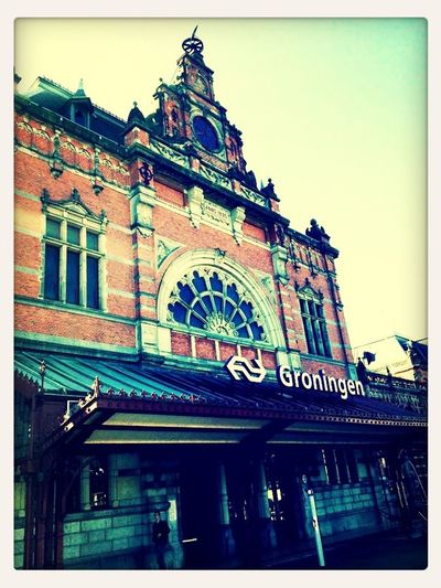 I didn't get here by train, but still. This is Groningen railway station, in use since 1866, it's magnificent ain't it?! :) Well, Groningen .. here I come, let's start yet another medical scientific research then. Moments Architecture OK Then...