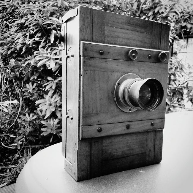 Camera of my grandfather Camera Antique Blackandwhite Photography Photography Hello World Antiquitäten Holz Wood