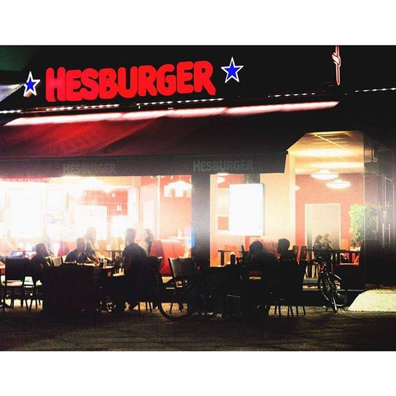 Hesburger Foodporn Food Streetlife Streetportrait Photograph