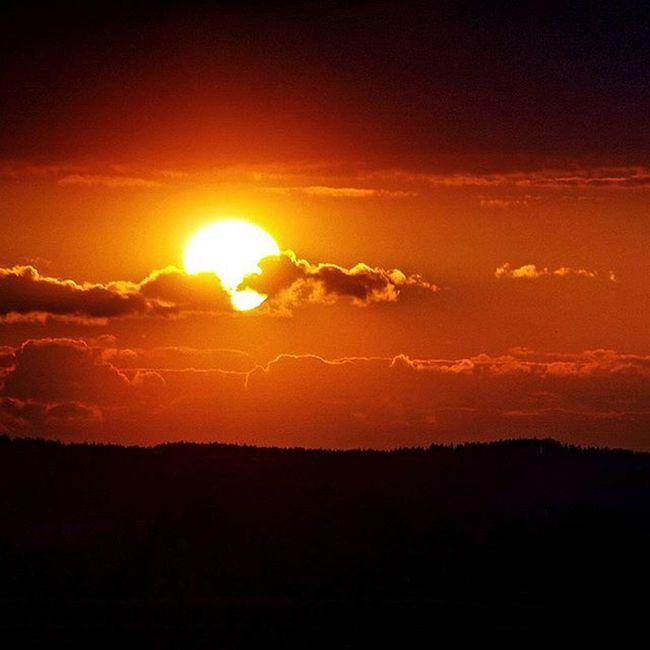 😚 Sun Sunset Sunshine Goodnight Zapadslunce Slunce Dobrou Czechrepublic