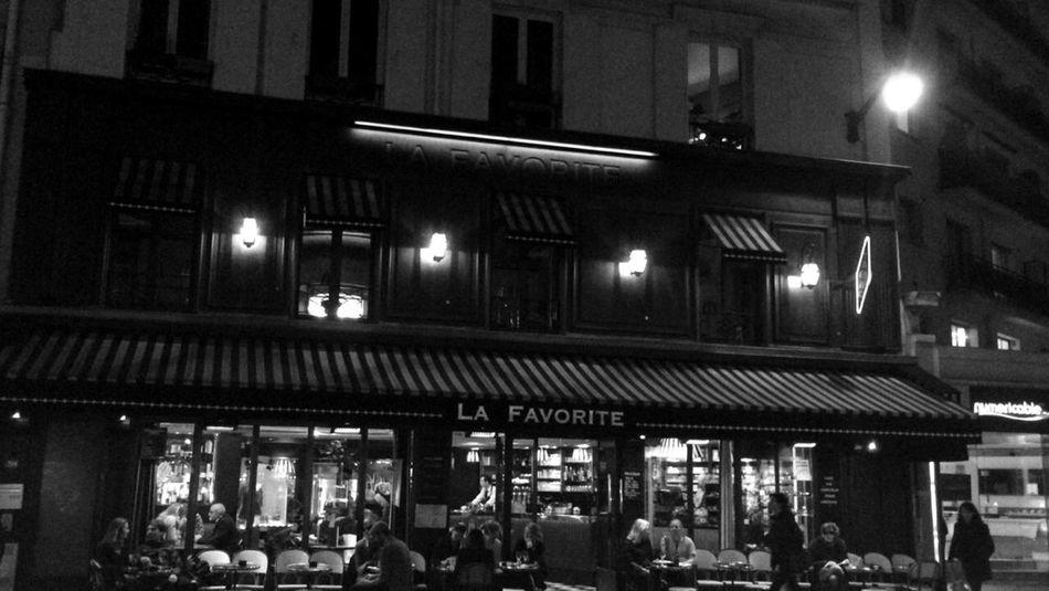 Quelque part à Paris