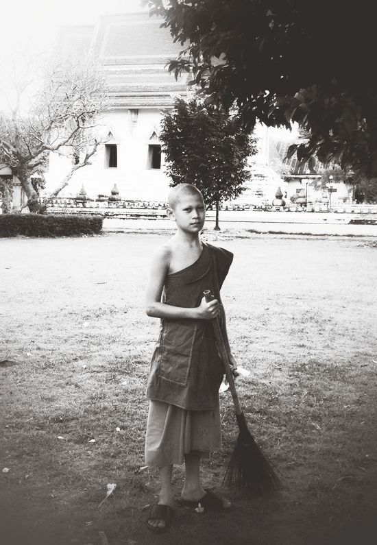 Temple Blackandwhite Streetphotography Working