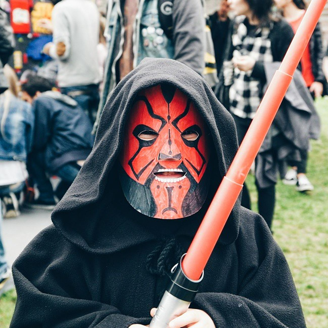 "[StarWarsDayMilano ] ""I'm darfmol.... 😈 Afraid, uh?😎"" No child, we are not afraid, but you are the cutest of the Maul... Sorry... Them all 😂 MayTheFourthBeWithYou MayThe4thBeWithYou Samsungnx1 nx1 samsungsmartcamera imagelogger fotosociality @samsungcamera @instagram @starwars"