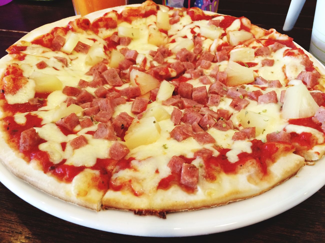 Hawaiian Pizza Peppermint Cafe Latepost Brunch Enjoying A Meal