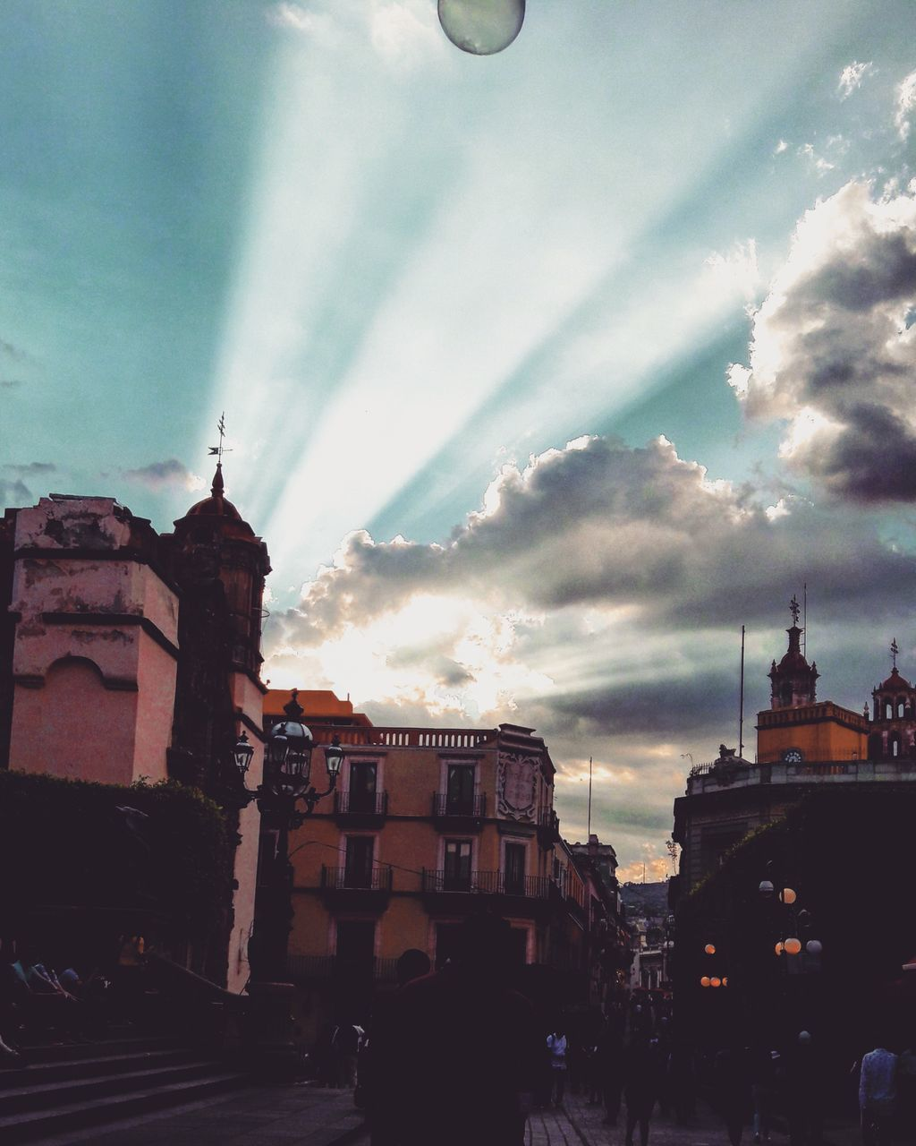 architecture, building exterior, built structure, sky, cloud - sky, city, outdoors, no people, day