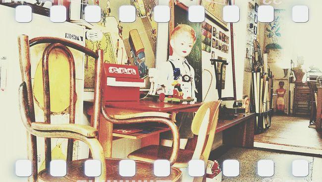 Düsseldorf Laden stauraum Vintage The Week Of Eyeem EyeEm Team Showcase March Streetphotography Architecture EyeEm Best Edits Ihaveadream EyeEm Gallery Have A Nice Day♥ Eyeemphotography Eyeemurban EyeEm Masterclass Tadaa Community EyeemTeam Eye4photography  Hello World Check This Out EyeEm Eyeemgallery Taking Photos