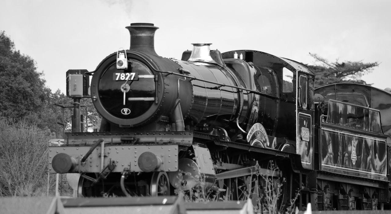 Lydham Manor steam engine, monochrome Day Deterioration Locomotive Lydham Manor Lydham Manor 7827 Machinery Mode Of Transport Mono Monochrome Old Outdoors Run-down Sky Stationary Steam Steam Locomotive