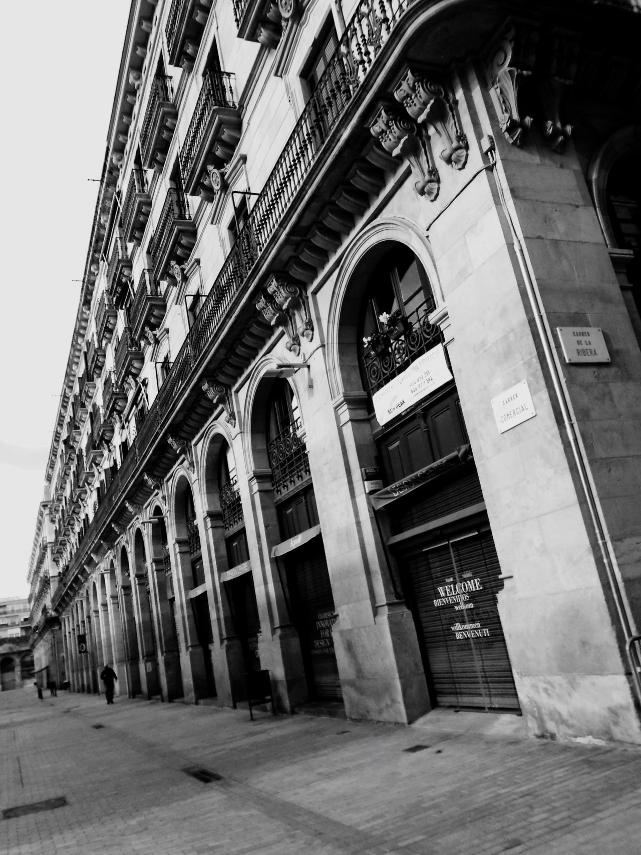 Architecture Building Exterior Built Structure No People Outdoors Day City Barcelona Perspective Streetphotography EyeEm Bnw Eye4photography  EyeEm Gallery Urban Geometry