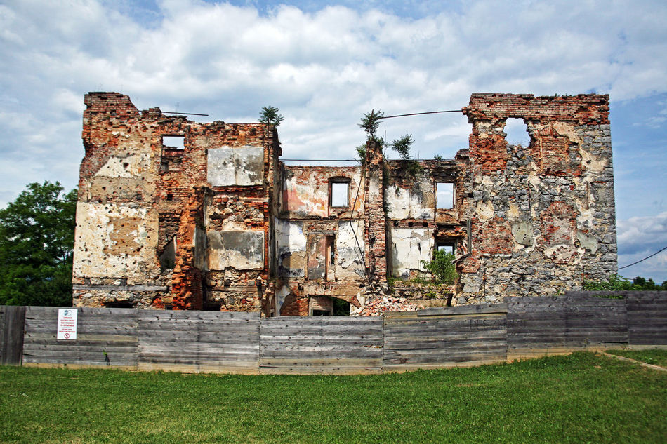 The Homeland War Museum,Turanj,house destroyed during the war,Croatia,EU Architecture Built Structure Croatia Destroyed Eu Exterior Façade Historic History House Karlovac Old Outdoors The Homeland War Museum The Past Turanj War