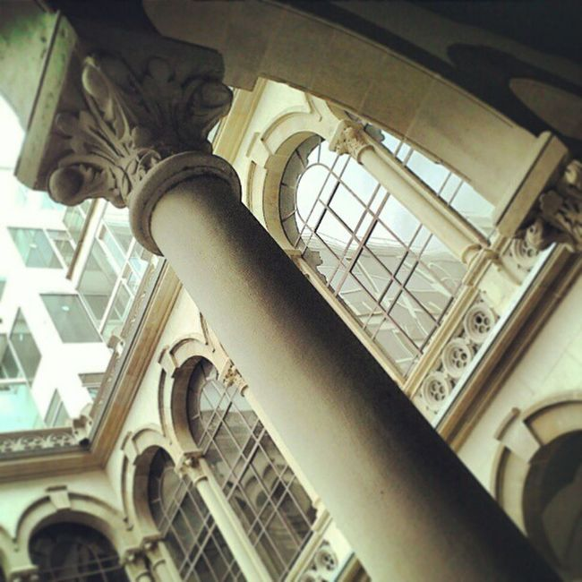 Barcelona Hospitalclinic . UniversitatdeBarcelona . Medicina architecture