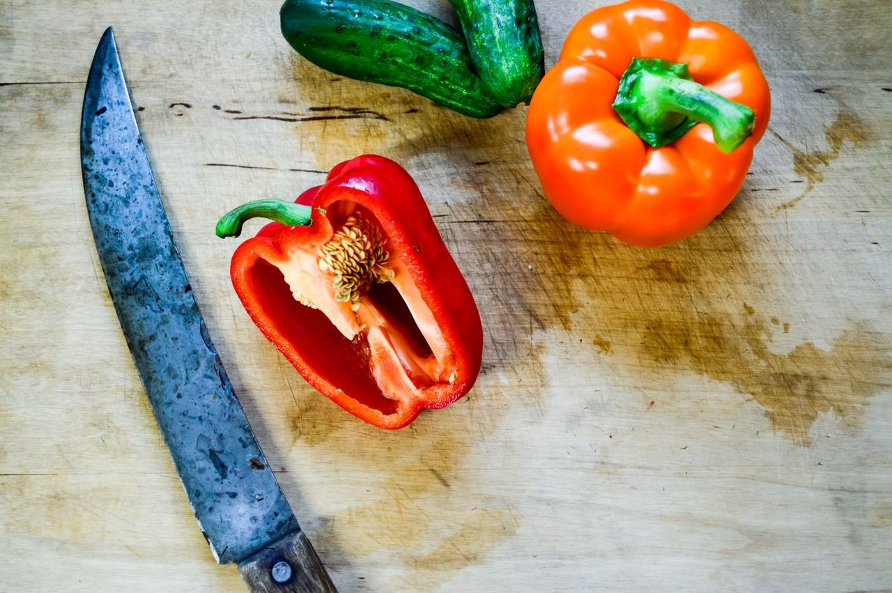 Cutting fresh veggies Vegetable Food And Drink Food Bell Pepper Healthy Eating Freshness High Angle View Tomato Table Red Bell Pepper Pepper - Vegetable No People Indoors  Cutting Board Red Close-up Preparing Food Veggies Vegetables SLICE Raw Food Red Bell Peppers