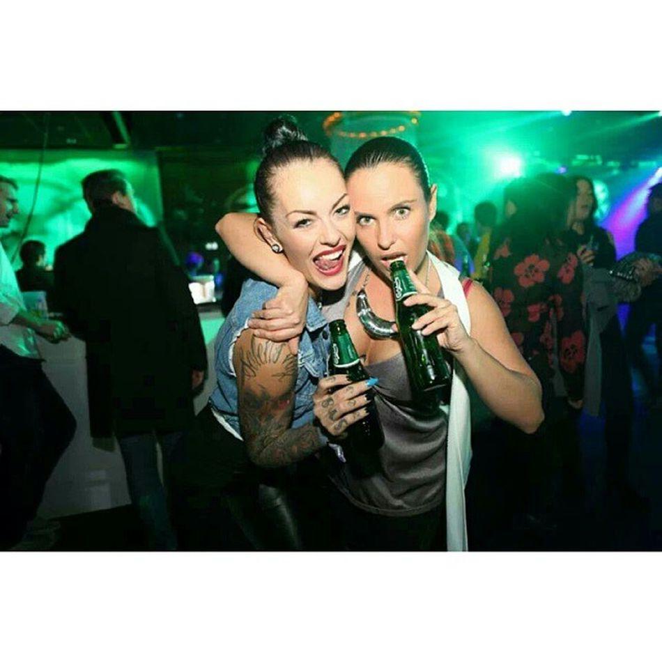 Out clubbing with the boss @gabriellagardell ♥♥ Clarionposthotel Postg öteborg Vintersoleil Portdusoleil clubbing inklife inkedchicks girlswithtattoos trädgårn personal