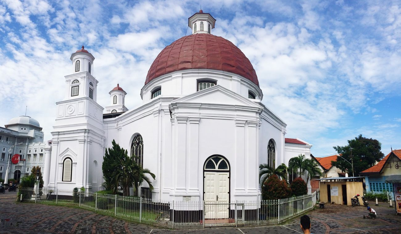 Vintage Church ⛪ Churches Central Java,indonesia Semarang , Indonesia This is one of the oldest churches is Semarang Central Java INDONESIA Latepost