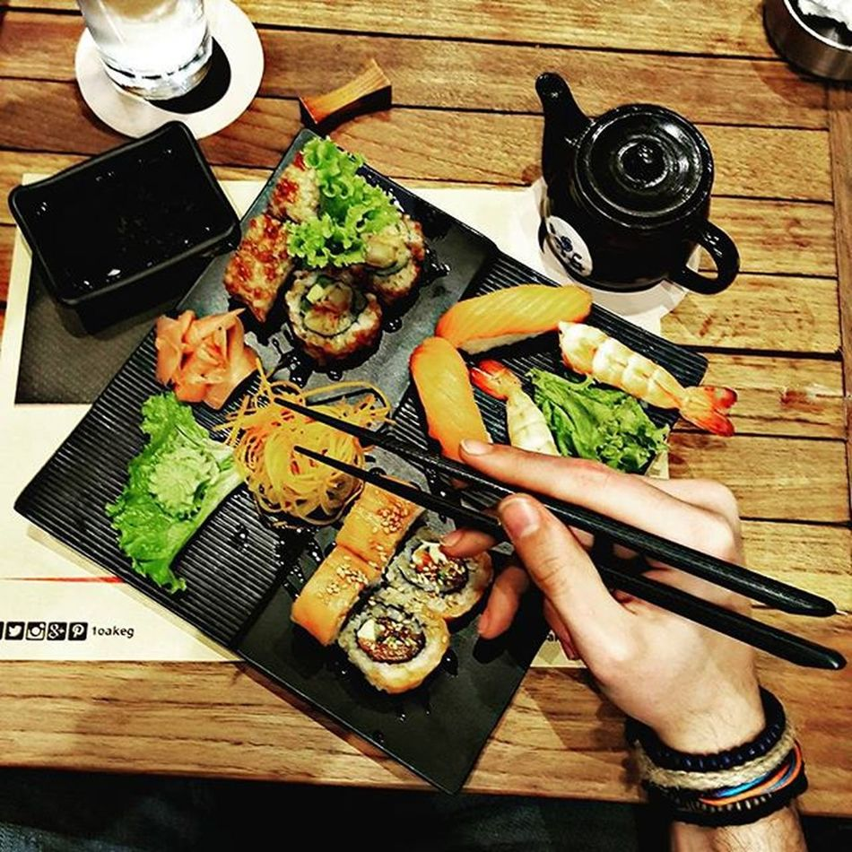 FirstTime Sushi Exotic Life Liveit Loveit Enjoyit Friendsforlife Day2remember Worthit Kiss Kiss Night_night