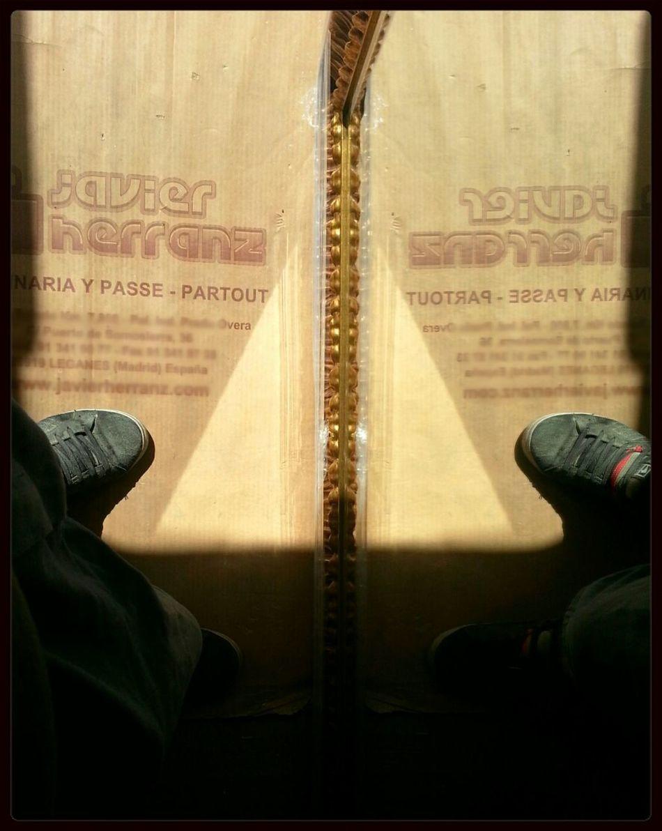 "Working with mirror...  Trabajando con espejo... Serie: ""...RutinA..."" Reflection Eye4photography  Detailsseries ...RutinA..."