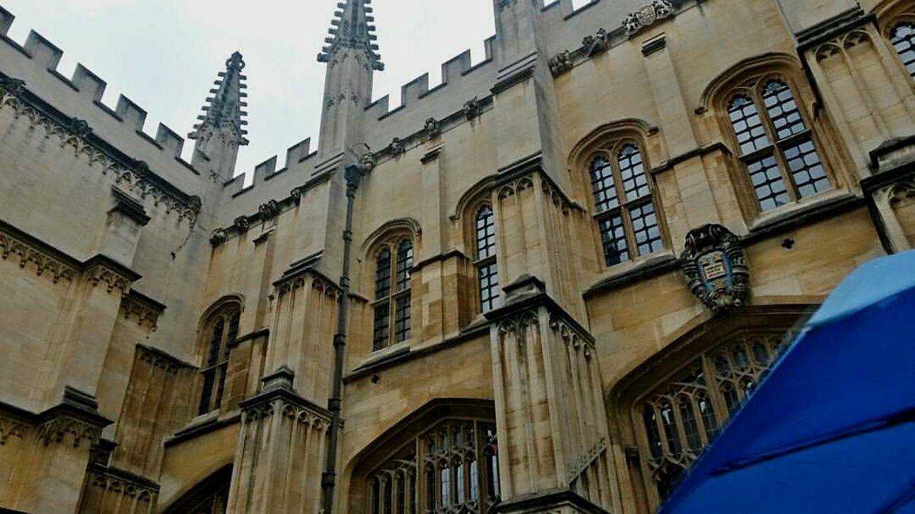 Oxford University Unbrella Blue The Secret Spaces Travel Photography Traveling