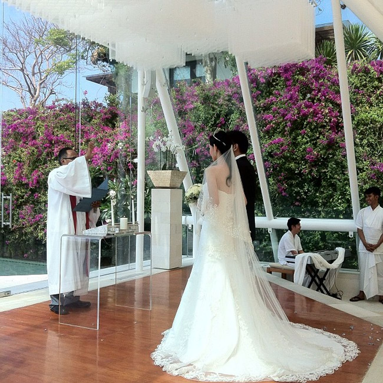 Bride Groom Pastor Chapel wedding weddingevent weddingorganizer wo beach beautiful uluwatu bali instadaily instagram photooftheday