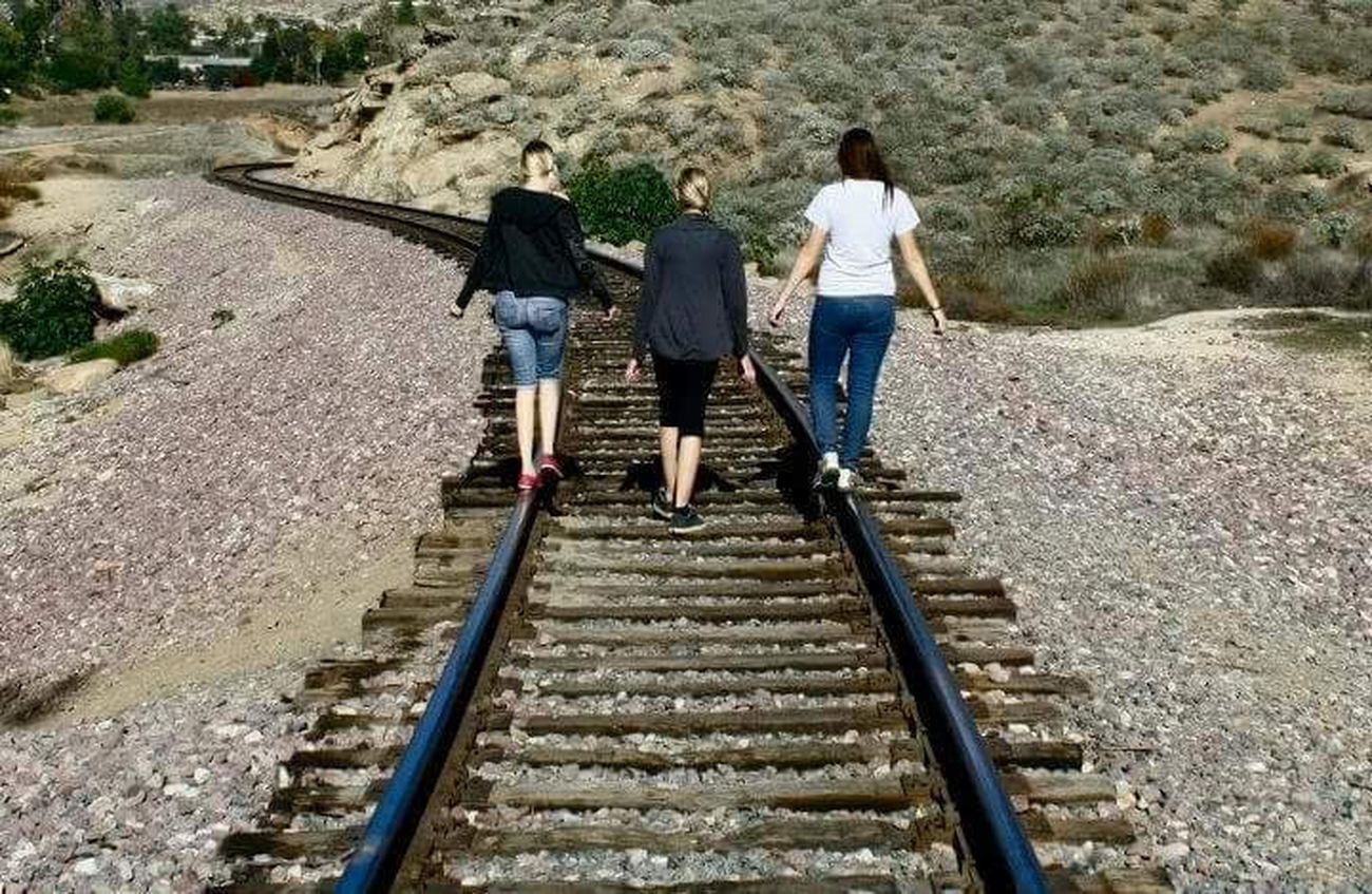 Railroad Railroad Tracks Friends Shotoftheday Pose Riverside Riverside Photography Riverside, California Check This Out