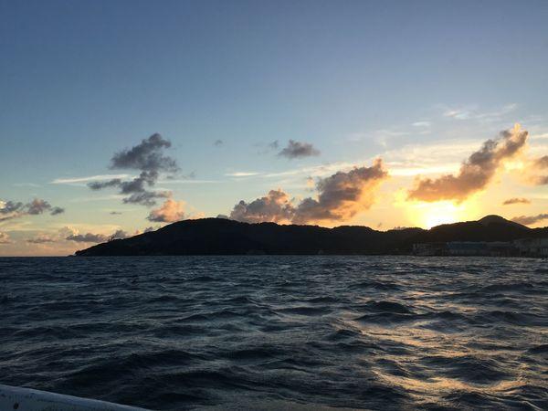 Sunrise, sunset Sun Sunset Beauty In Nature Sea Scenics Nature Tranquility Sky Water No People Cloud - Sky Horizon Over Water Outdoors Honduras Guanaja Ocean Waves