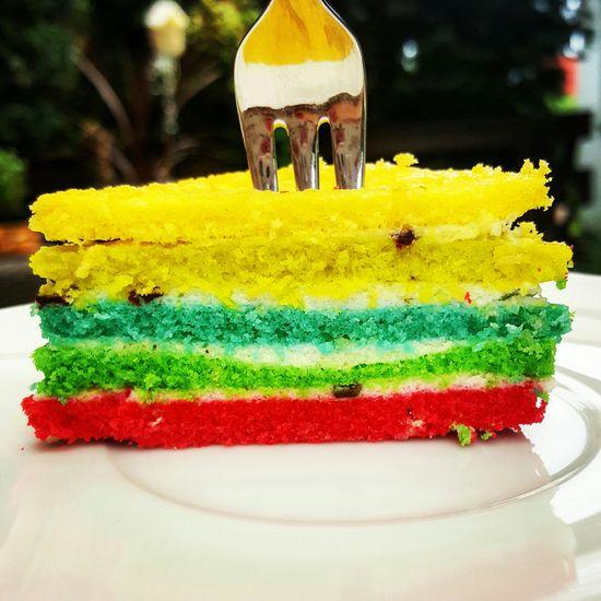fuckin' perfect 🌼 🌈 Foodporn Rainbow Cake Sommer Summertime Enjoying Life So Lecker! So Schön! ♡