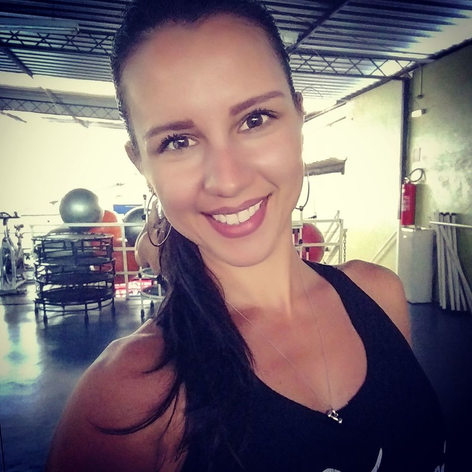 Nunca desista de seus sonhos, a realização só depende de vc! Women Happiness Fitness Training Fitnessmotivation Fitstagram Life Style Lifeisgood LoveMyWork LoveMyLife❤ EvelynMoraesPersonalTrainer First Eyeem Photo
