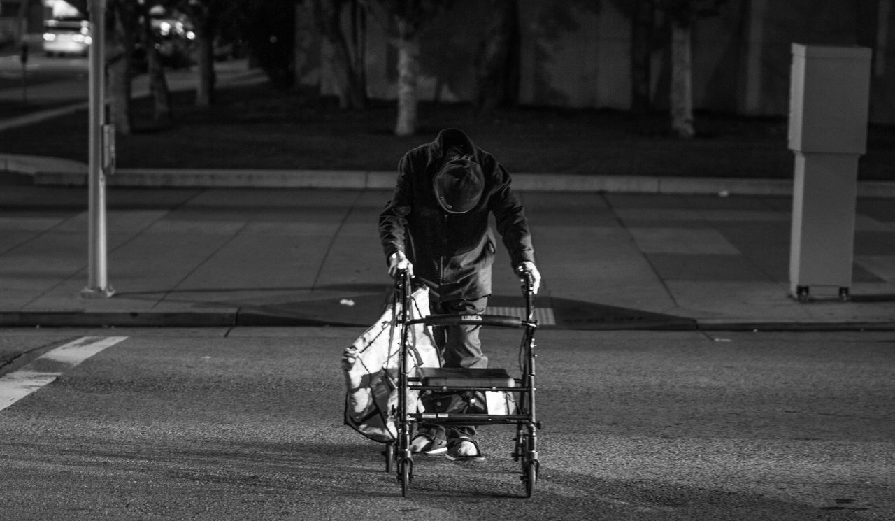 Day Evening Handicap Handicraft Homeless Needs Cleaning Old Man Portrait One Person Outdoors Passing The Street People Problems Walki Rolator San Fransisco Mornings Shopping Street Photography Streets In San Fransisco Walking Around The City