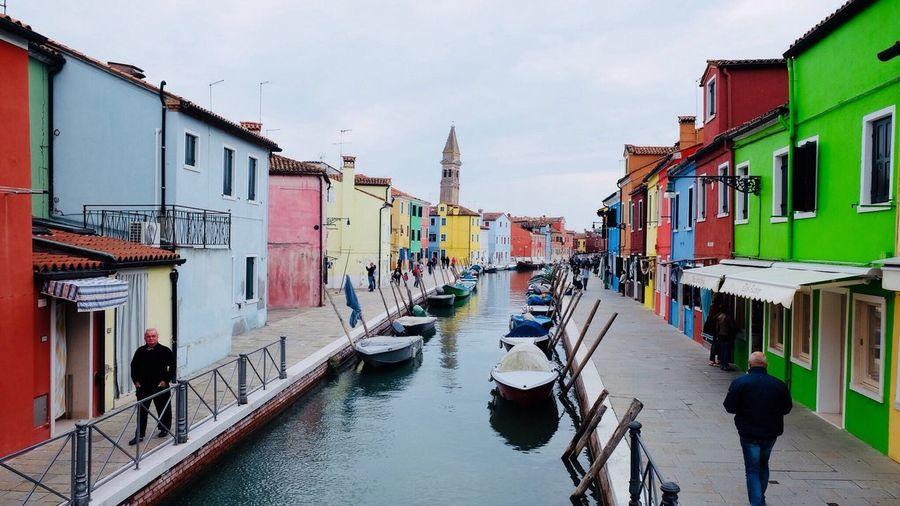 Burano, Italy Burano, Venice Burano Island Burano Italy Close To Venice . Perfect Place For Pastel Colors And Blue Sky . Dolce Vita Colourful Colourful Houses Old Houses Burano Colored Houses Burano,Venezia Burano Architecture Outdoors Still Life