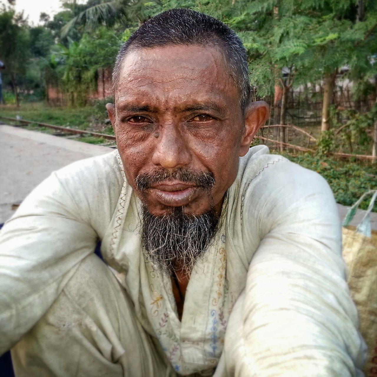 Oldman Jessore Street Photography Portrait EyeEm Best Shots People Of Bangladesh Smiling Strangers Faces Of EyeEm Bangladesh Streetlife