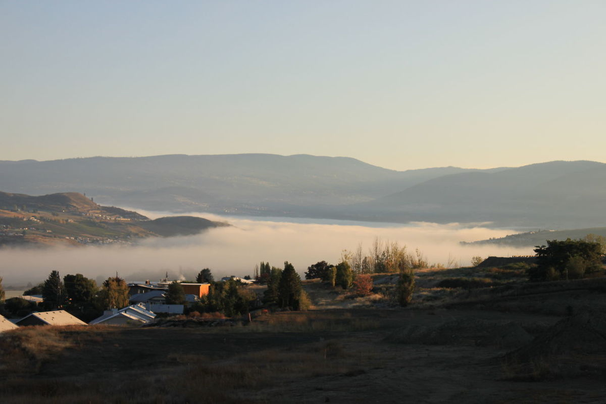 Fall Morning Fog In Valley Foggy Morning Foggy Weather Okanagan Valley Valley View Vernon Hills Weather