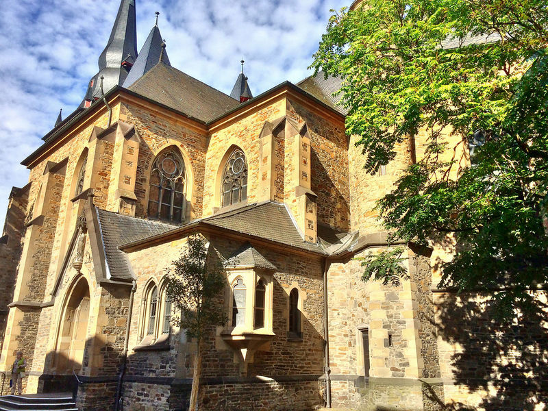 Architecture Building Exterior Built Structure Church Day GERMANY🇩🇪DEUTSCHERLAND@ Kerk Kirche Low Angle View Outdoors Religion Sky Spirituality Travel Destinations Tree