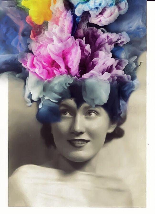 Polychromatic Fumaroles Photographic Approximation Facial Experiments Gonzoism Human Condition Une Femme Perdu Dans L'espace...