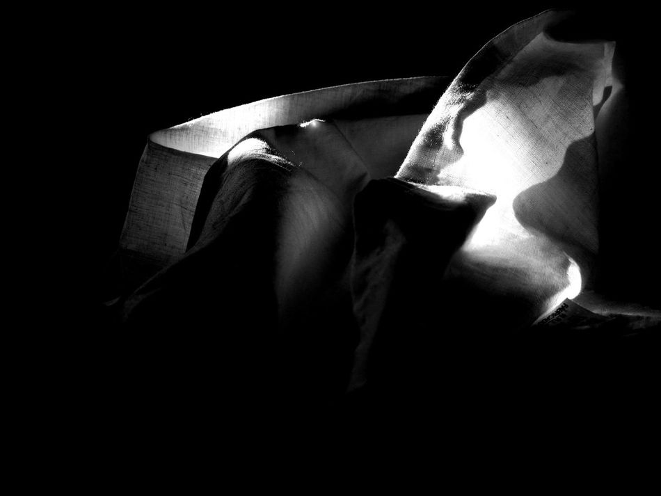 Lightscollection Black&white Blackandwhite Light Luz Bed Bedroom Habitación Cama Dormitorio Sábanas Sun Sol LuzdelSol Sunlight Sheets Mañanas Morning Tesis99 Wake Up Tranquility Tranquilidad Textile Textil Huawei HuaweiP9